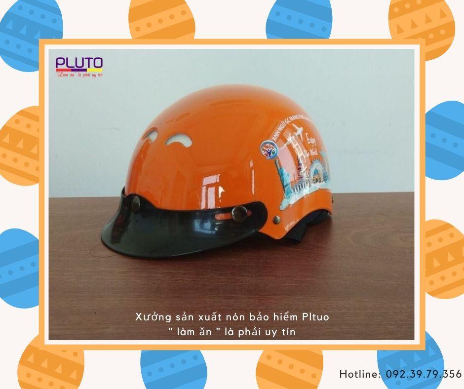 Làm nón bảo hiểm quảng cáo in logo
